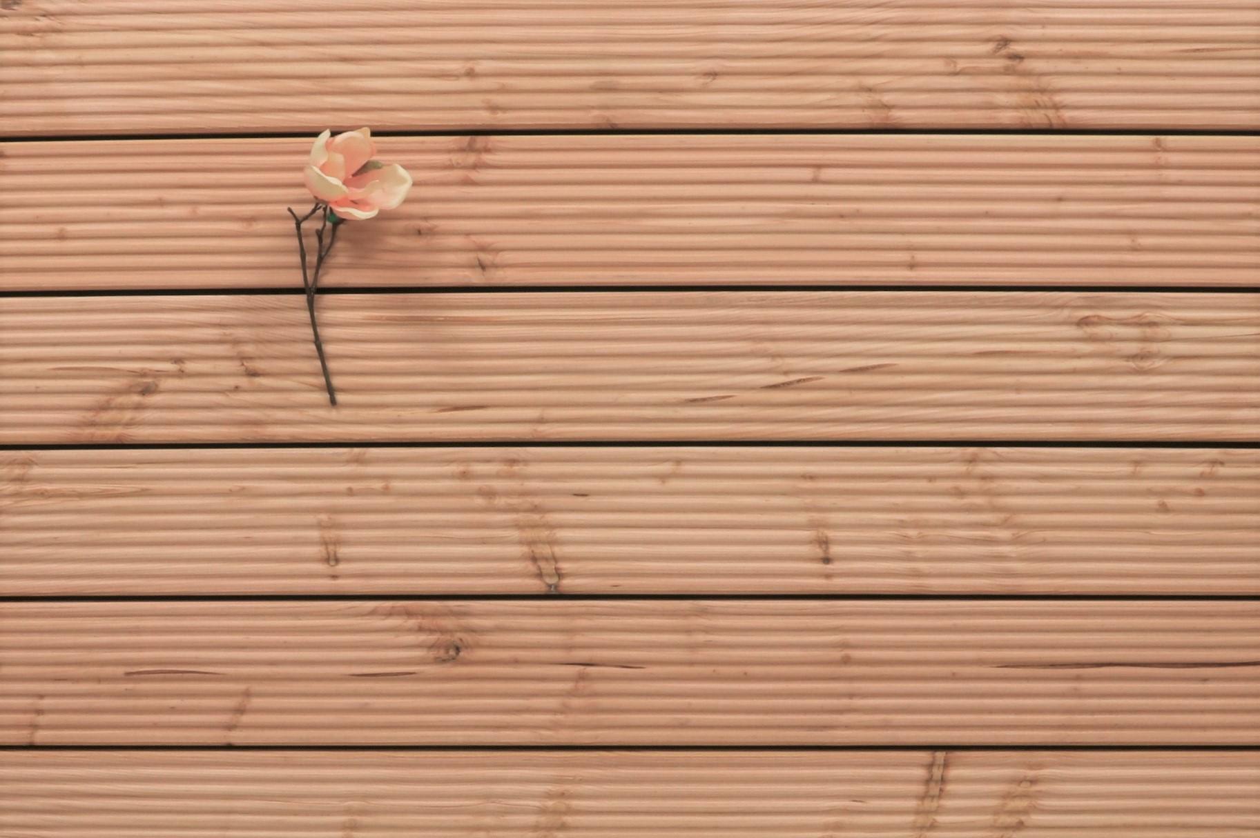 Holzterrasse Douglasie, grob genutet, 26 x 145 bis 5000 mm Dielen, Holz Bretter für die Terrasse, 5,95 €/lfm
