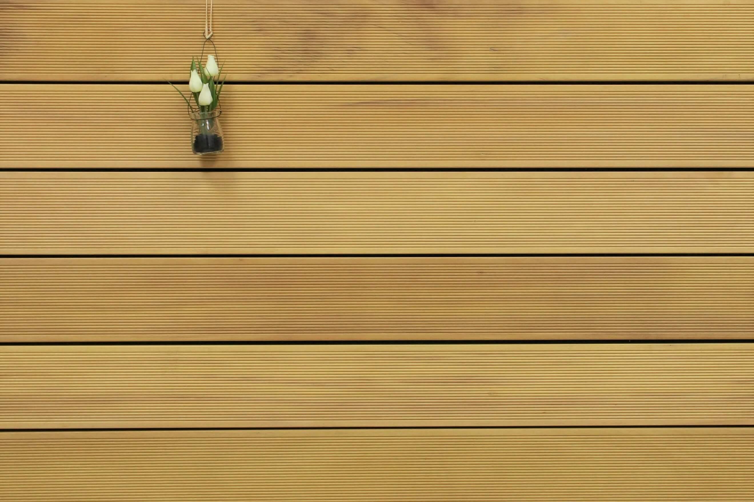 Holzterrasse Garapa, fein gerillt, 25 x 145 bis 6100 mm Dielen, Premium (KD) Holz Bretter für die Terrasse, 11,90 €/lfm