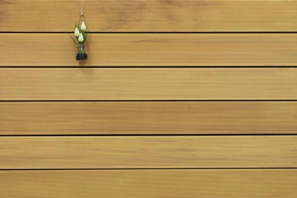 Holzterrasse Garapa, fein gerillt, 25 x 145 bis 6100 mm Dielen, Premium (KD) Holz Bretter für die Terrasse