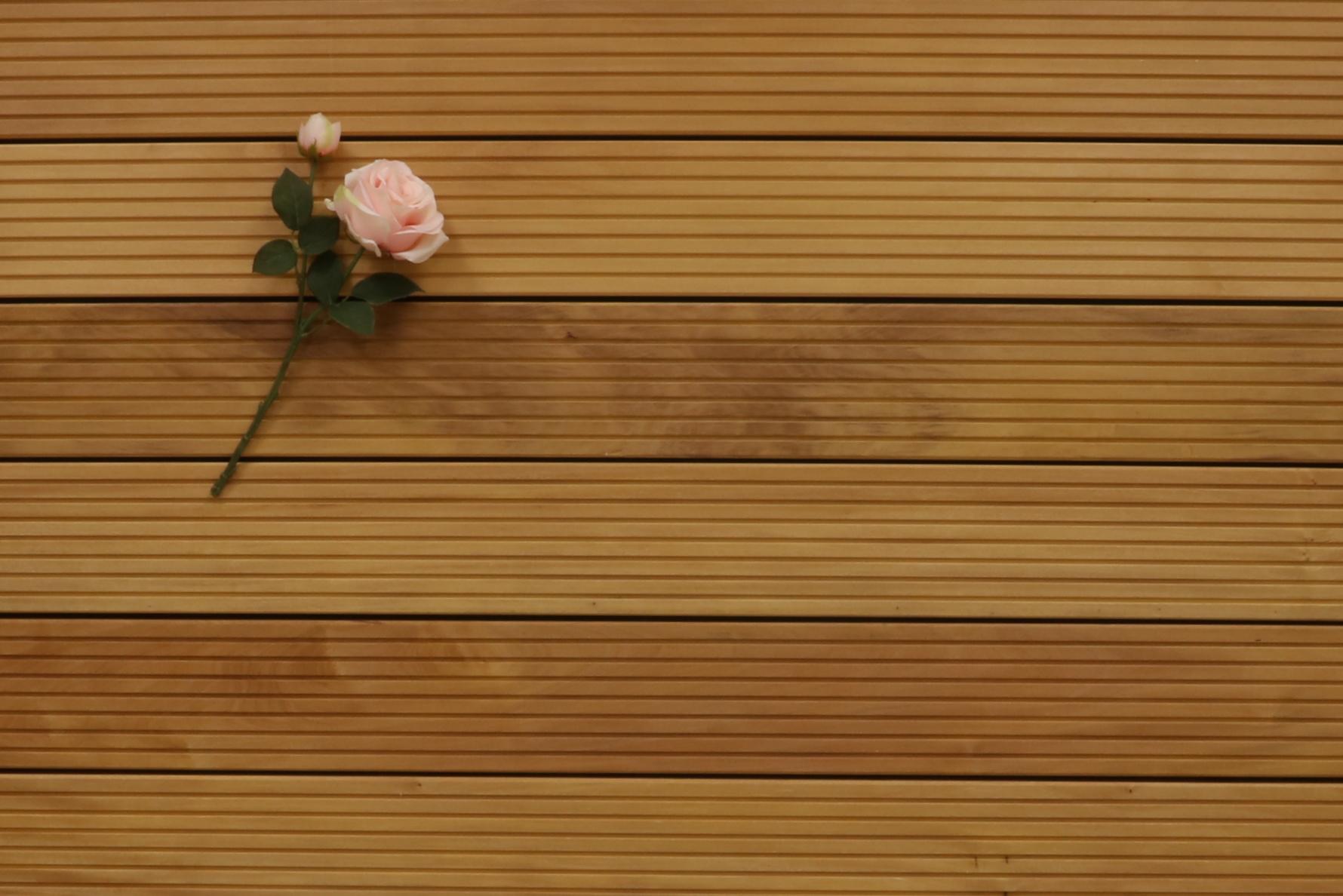 Holzterrasse Garapa, grob genutet, 25 x 145 bis 6100 mm Dielen, Premium (KD) Holz Bretter für die Terrasse, 11,90 €/lfm